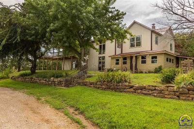 Topeka Single Family Home For Sale: 12525 NW 4th St