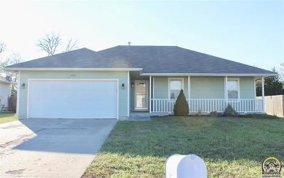 Topeka KS Single Family Home For Sale: $175,000