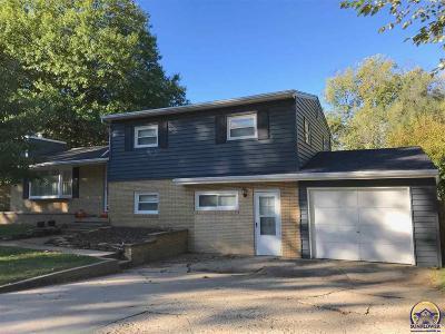 Emporia Single Family Home For Sale: 1605 Sherwood Way