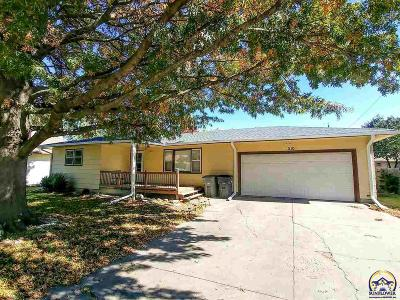 Emporia Single Family Home For Sale: 1110 Henry St