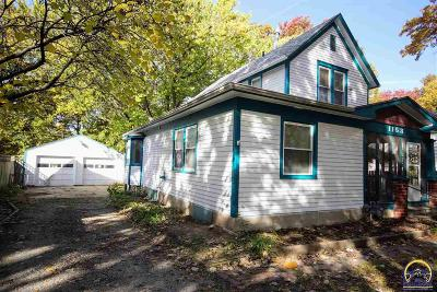 Topeka Single Family Home For Sale: 1153 SW Randolph Ave