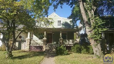 Topeka KS Single Family Home For Sale: $102,900