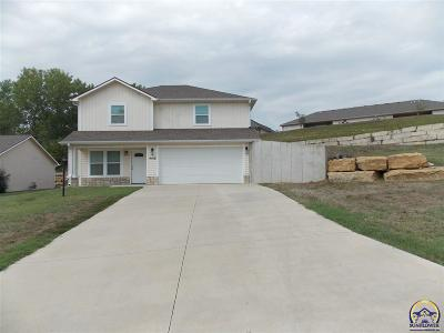 Topeka KS Single Family Home For Sale: $139,900