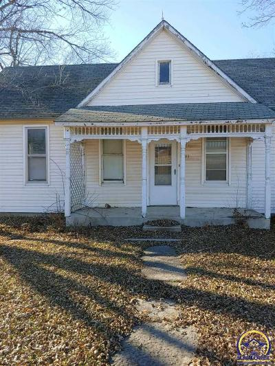 Olpe Single Family Home For Sale: 211 Iowa
