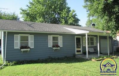 Single Family Home For Sale: 556 Orange St