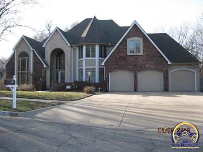 Topeka Single Family Home For Sale: 341 SW Whitehall Ln