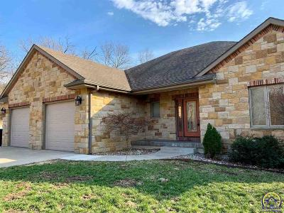 Topeka Single Family Home For Sale: 3205 NW 62nd St