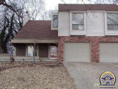 Topeka KS Single Family Home For Sale: $115,000