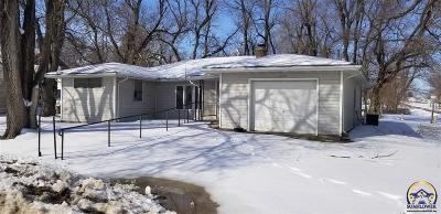 Goff KS Single Family Home For Sale: $60,000