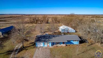 Ottawa KS Single Family Home For Sale: $180,000