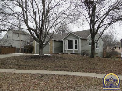 Topeka Single Family Home For Sale: 5614 SW Timberlake Ct
