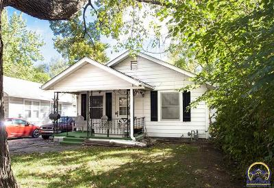 Topeka Single Family Home For Sale: 146 NW Story St