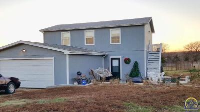 Lyndon Single Family Home For Sale: 24531 SE Ratner Rd