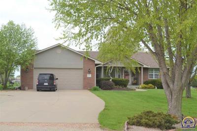 Topeka Single Family Home For Sale: 2131 SW Auburn Rd