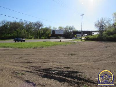 Topeka Residential Lots & Land For Sale: 200 SE 29th St