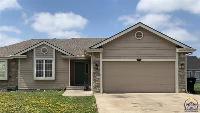 Topeka KS Single Family Home For Sale: $183,450
