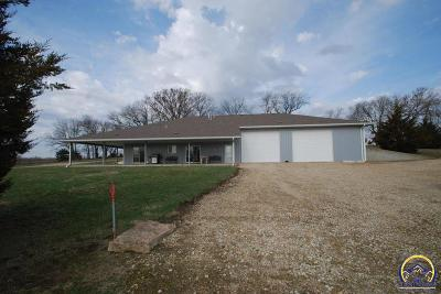 McLouth KS Single Family Home For Sale: $530,250