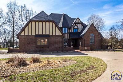 Topeka Single Family Home For Sale: 7535 SW 33rd St