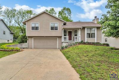 Topeka KS Single Family Home For Sale: $189,900