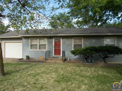 Topeka Single Family Home For Sale: 1900 SE Washington St