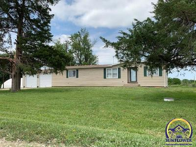 Osage City Single Family Home For Sale: 9202 W 213th