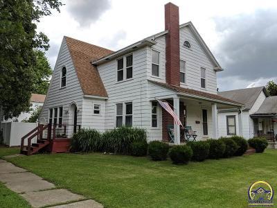 Single Family Home For Sale: 126 Juniatta St