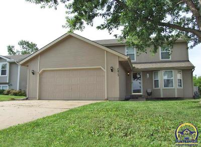 Topeka KS Single Family Home For Sale: $194,900