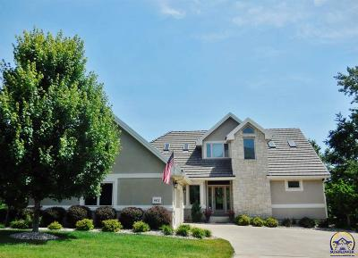 Topeka Single Family Home For Sale: 6812 SW Cottonwood Cir