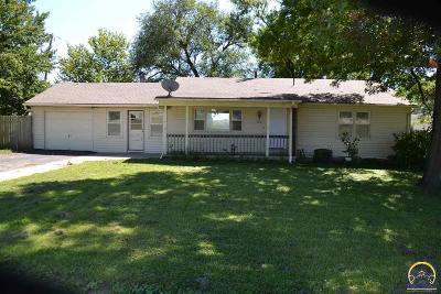 Lyndon Single Family Home For Sale: 108 E 3rd St