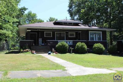 Lyndon Single Family Home For Sale: 214 W 7th St