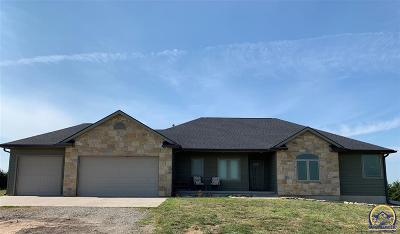 Topeka Single Family Home For Sale: 1932 NE 70th St