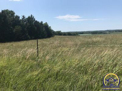 Topeka Residential Lots & Land For Sale: Approx 33 Acres NW Forbes Rd