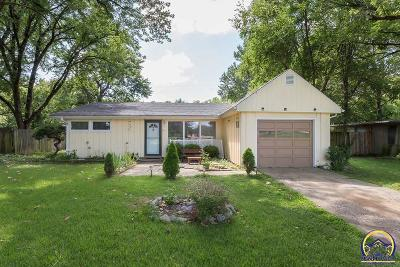 Topeka Single Family Home For Sale: 2321 SW Boswell Ct