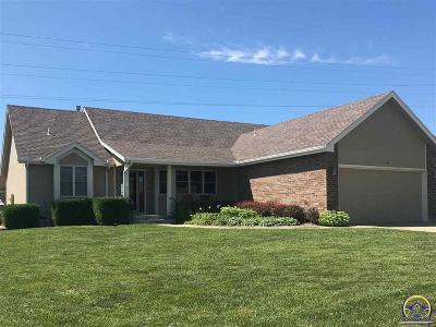 Topeka Single Family Home For Sale: 3931 SW 40th Ter