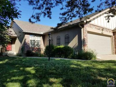 Topeka Single Family Home For Sale: 5608 SW Barrington North Ct