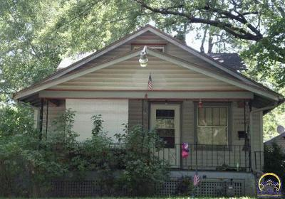Topeka Single Family Home For Sale: 1208 SW Medford Ave