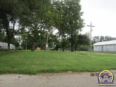Topeka Residential Lots & Land For Sale: 1500 NW Eugene St