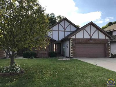 Topeka Single Family Home For Sale: 2411 SW Brookhaven Ln