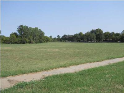 Residential Lots & Land For Sale: 3000 N Summit St