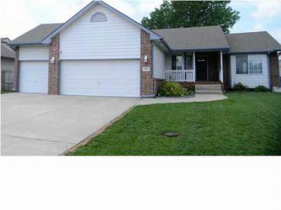 Single Family Home Sold: 522 East Cheyenne Ct
