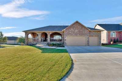 Wichita Single Family Home For Sale: 137 S Grand Mere Ct