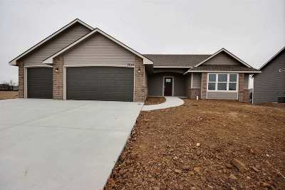Wichita Single Family Home For Sale: 2634 S Lark Ln