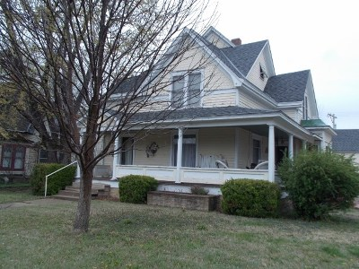 Winfield Single Family Home For Sale: 316 W 9th Ave