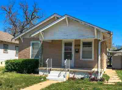 Hutchinson Single Family Home Contingent: 906 N Plum