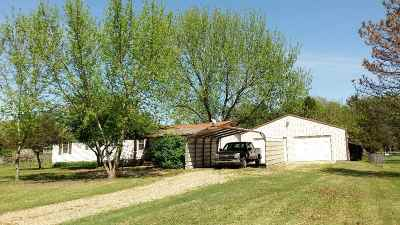 Arkansas City Single Family Home Contingent: 29406 97th Rd