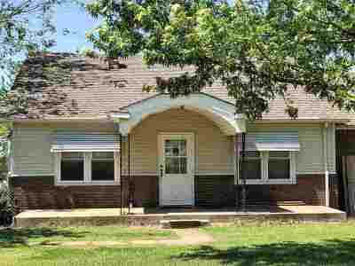Arkansas City Single Family Home For Sale: 31929 61st Rd