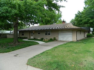 Winfield Single Family Home For Sale: 917 Wheat