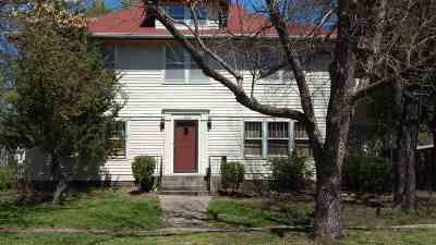 Winfield KS Single Family Home For Sale: $139,500