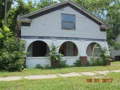 Arkansas City Single Family Home For Sale: 306 N C Street