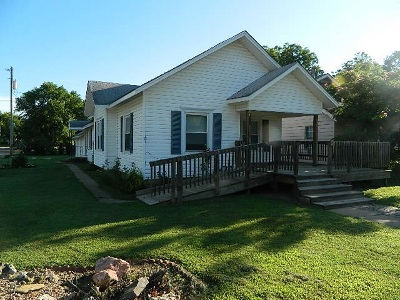 Winfield Single Family Home For Sale: 1002 Ann St.